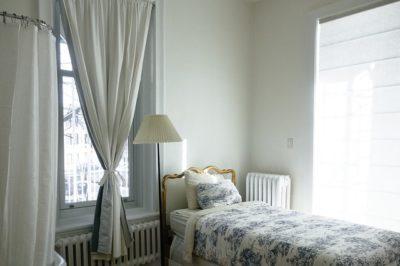 運気を上げる寝室の場所と枕の向き